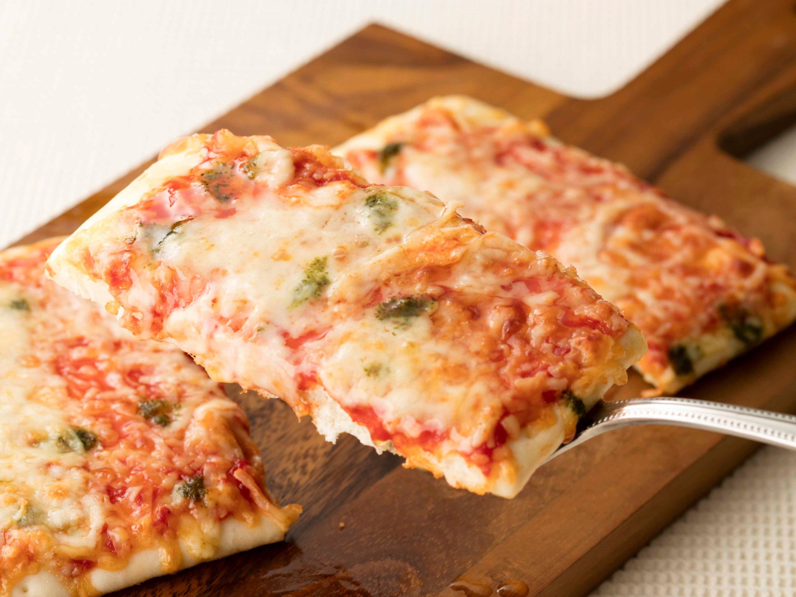 オーブンでそのまま焼けるピザ_マルゲリータ_画像