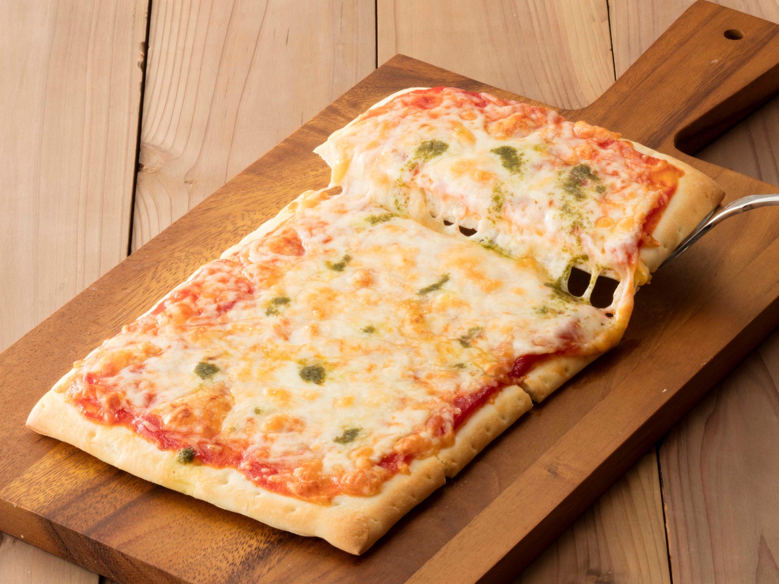 オーブンでそのまま焼けるピザマルゲリータ_画像